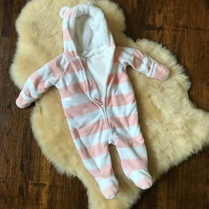 Old Navy baby girl 3-6mo coverall bunting suit